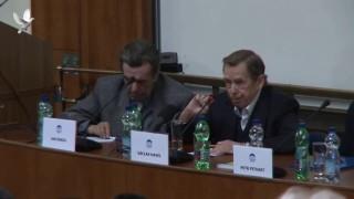 Václav Havel, Svoboda