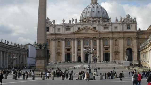 Vatikánský holocaust