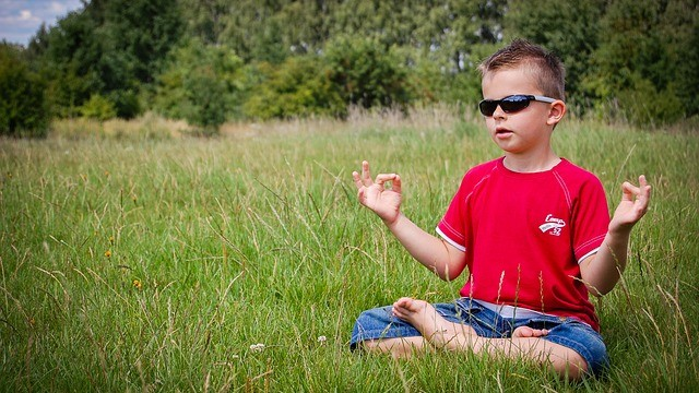Škola nahradila tresty meditáciou, výsledky sú ohromujúce