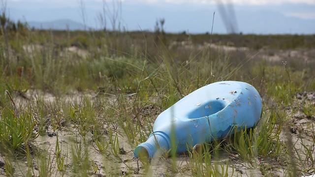 Odpadky, chemikálie, zničená příroda. Takhle lidstvo ničí planetu