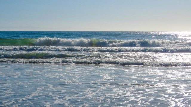RADIACE Z FUKUŠIMU NYNÍ ZAMOŘILA CELÝ TICHÝ OCEÁN A BUDE TO JEŠTĚ HORŠÍ, DENNĚ UNIKÁ 300 TUN RADIOAKTIVNÍ VODY